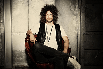 wolfmother-01