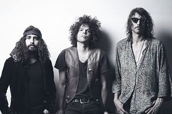 wolfmother-02