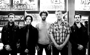 Streaming: Queens of the Stone Age en concierto desde Letterman