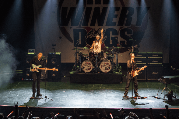 02 The Winery Dogs @ Teatro Cariola 2016