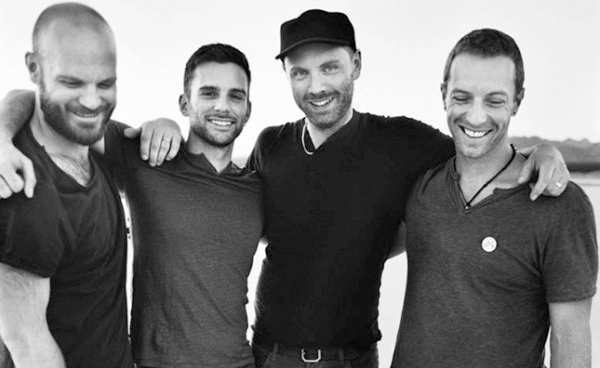 Coldplay tocó en Late Late Show With James Corden