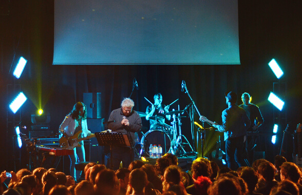 DANIEL JOHNSTON CHILE 2013 06