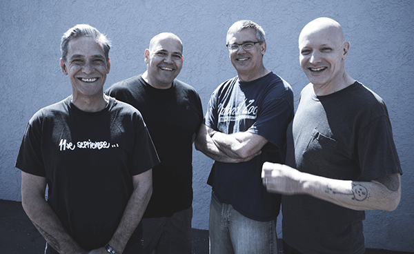 "Nuevo video en vivo de Descendents: ""Testosterone"""