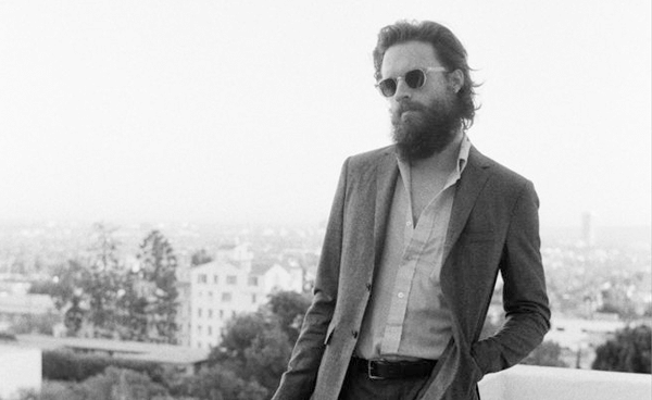 "Father John Misty hace cover de ""Closer"" de Nine Inch Nails"