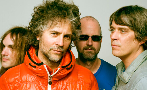 "Detalles del disco de covers de ""Sgt. Pepper"" de The Flaming Lips"