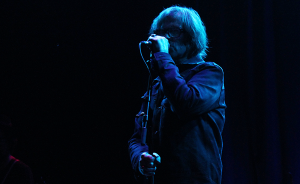 """Mark Lanegan tocó """"Night By Candlelight"""" junto a The Afghan Whigs"""