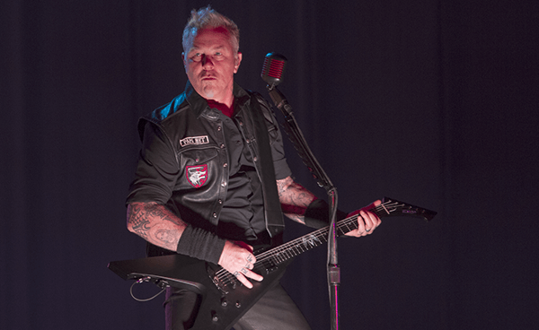 "Metallica publica video oficial de ""Moth Into Flame"" en Lollapalooza Chile"