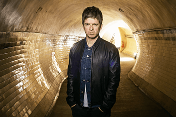 NOEL GALLAGHER'S HIGH FLYING BIRDS 02