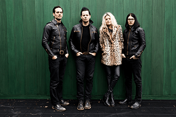 THE DEAD WEATHER 02