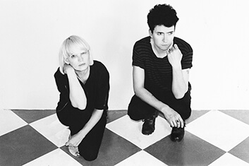 THE RAVEONETTES 01